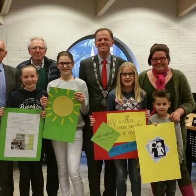 Kinderparlement van de Speel&werkhoeve is blij met Zonnepanelen coöperatie Bodegraven-Reeuwijk